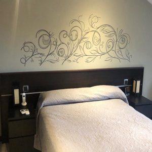 Vinilo decorativo dormitorio (diseño e instalación)